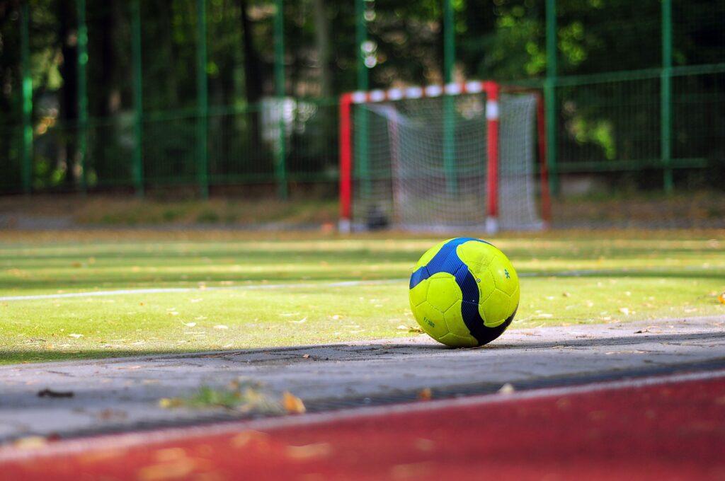 Dampak Positif Permainan Sepak Bola